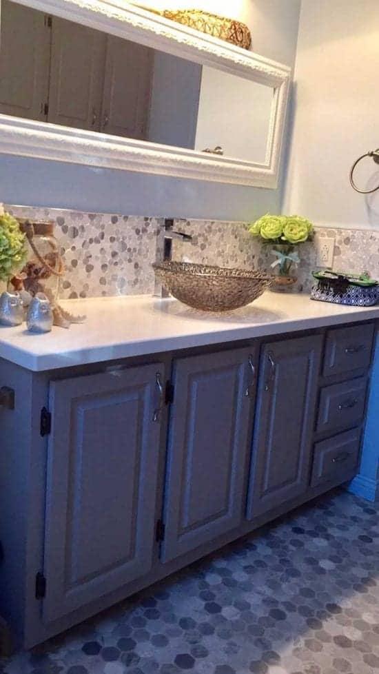 Peinture Salle de bain - Painting Bathroom | Peinture à la craie Colorantic | Chalk-Based Paint Colorantic
