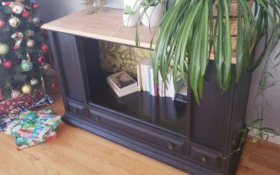 Vintage furniture makeover in a tv cabinet