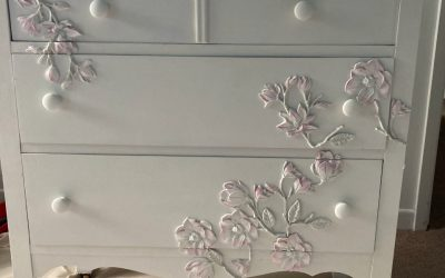 Giving a second life to a dresser with 3D designs